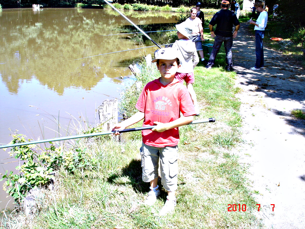 Cours de Pêche à l'Etang Communal de Cardroc