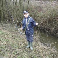2010 Jeune ayant pêché 1 truite le jour de l'ouverture