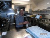 Hugo à la cuisine